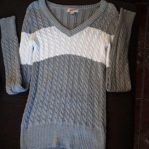 Arizona the original Jean co. sweater
